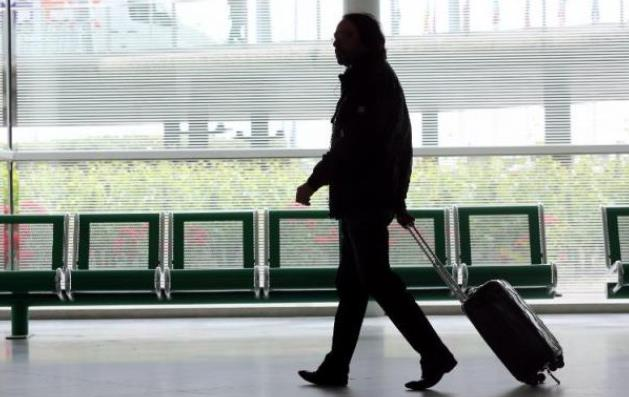 France... il provoque une fausse alerte à la bombe pour retarder l'avion de son amie