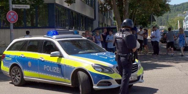 Allemagne: un mort, plusieurs blessés dans une attaque au couteau à Hambourg