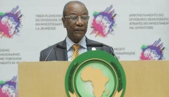 """الرئيس ألفا كوندي: الملك محمد السادس يولي """"أهمية قصوى"""" لتطور إفريقيا الجديدة"""