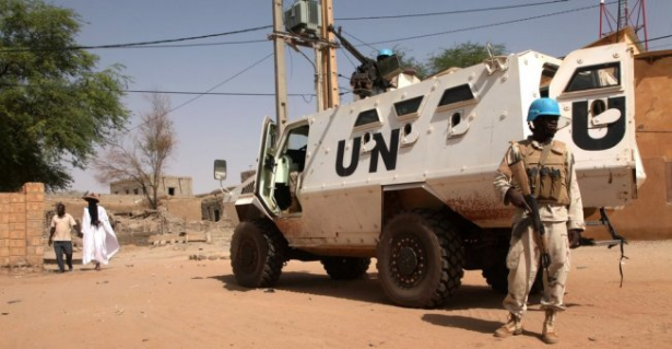 """مالي..قتيل و20 جريحا في هجوم """"غير مسبوق"""" على قوة الامم المتحدة والقوات الفرنسية في تمكبتو"""