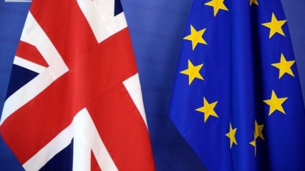 Londres présente officiellement son plan contesté pour sa future relation avec l'UE