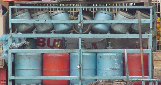 """Daoudi: la décompensation du gaz butane """"pas d'actualité"""""""