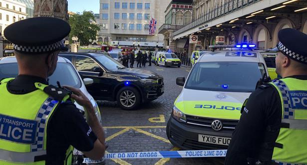 الشرطة البريطانية تعتقل رجلا زعم أن بحوزته قنبلة في محطة قطارات بلندن