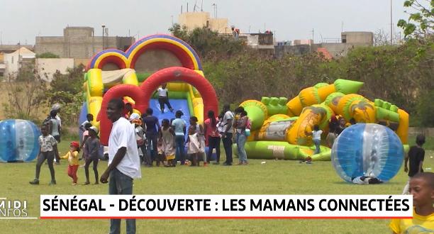 """Sénégal: """"Yaay"""", la communauté des mamans connectées"""