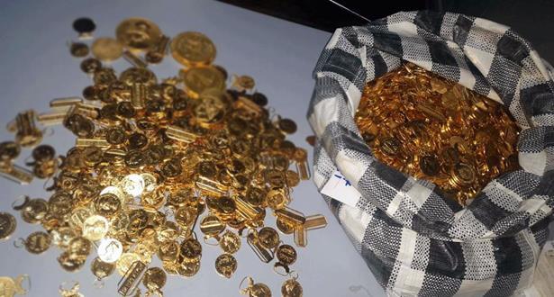 الجمارك المغربية تحجز كمية مهمة من الحلي الذهبية والأجهزة الإلكترونية بميناء طنجة المتوسط