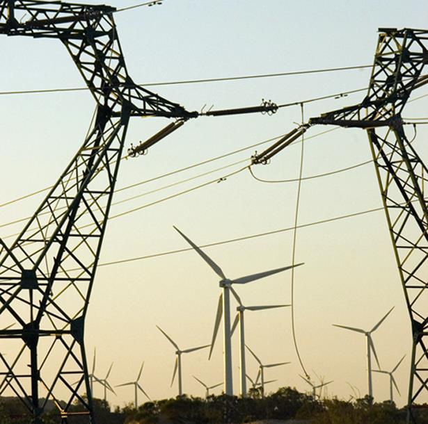 """Mise en service d'une nouvelle ligne électrique """"Très Haute Tension"""" reliant Tiznit à Laâyoune sur 470 km"""
