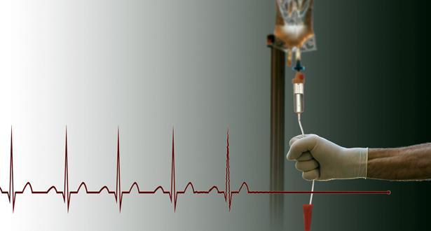 """مجلس الشيوخ الإيطالي يصادق على قانون حول الحق في """"إنهاء الحياة"""" بوقف العلاج"""