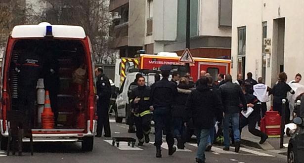 مسلح يحتجز رهائن بوكالة سفر في باريس