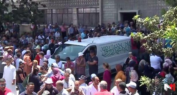 حشود غفيرة تُشيع جنازة الأسطورة الراحل عبد المجيد الظلمي في أجواء مهيبة