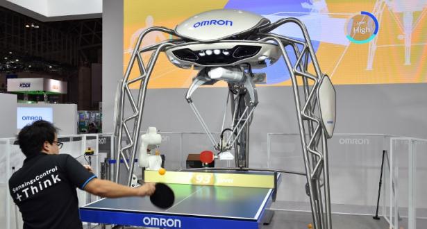 شركة يابانية تكشف عن روبوت جديد يلعب تنس الطاولة ويقرأ لغة الجسد