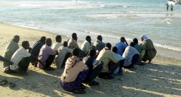 توقيف 18 مهاجرا من بلدان إفريقيا جنوب الصحراء أثناء محاولتهم الالتحاق بالساحل الإسباني