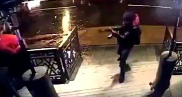 في ملهى اسطنبول الليلي .. كان المسلح ينتقي المصابين