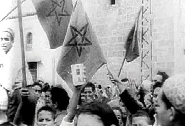 المغاربة يحتفلون بعيد الاستقلال ISTIQLAL_L_181113
