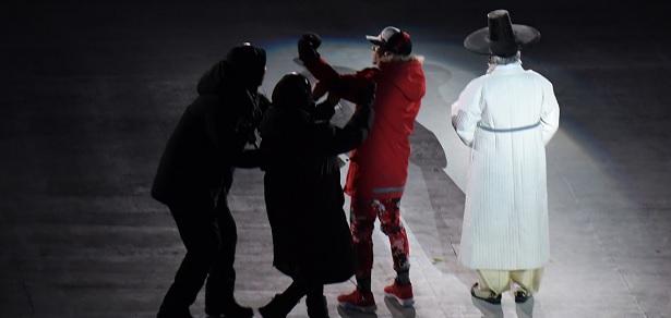 JO Pyeongchang-2018: Un homme expulsé après avoir perturbé la cérémonie d'ouverture
