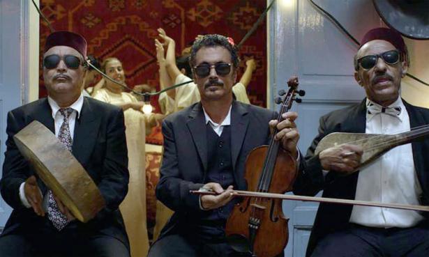Actualit le film marocain l orchestre des aveugles for Film marocain chambra 13