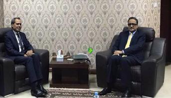 سفير المغرب الجديد بموريتانيا يقدم نسخا من أوراق اعتماده لوزير الخارجية الموريتاني