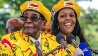 موغابي يرفع سقف التحدي ويرفض التنحي