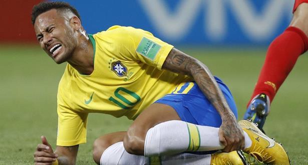 """""""تمثيل نيمار"""" .. النجم البرازيلي يعترف"""