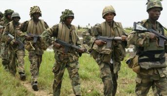 الرئيس النيجيري يأمر الجيش بالتدخل لوقف مواجهات طائفية خلفت أكثر من 20 قتيل
