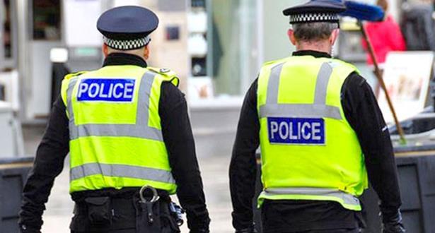 الشرطة البريطانية تتحرى أمر صندوق مريب في لندن