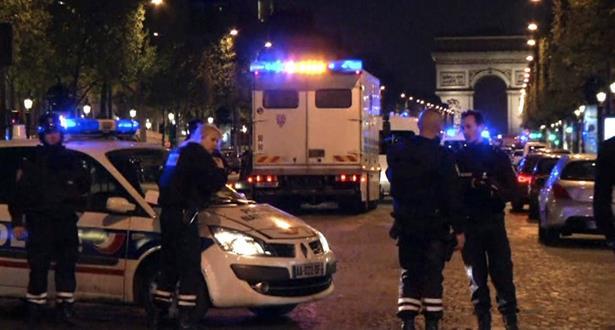 الشرطة الفرنسية تداهم منزل منفذ الاعتداء وتقول إنه كان مشتبها به في قضايا ارهابية