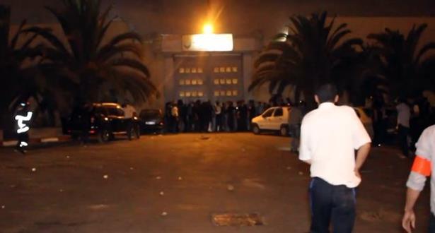 حصيلة أولية .. إصابة 9 نزلاء باختناق في حريق بمركز الإصلاح والتهذيب عين السبع بالدار البيضاء