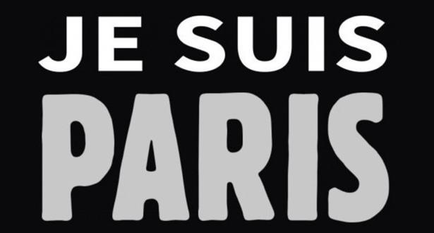 """Attentats en France: """"Je suis Paris"""" plus populaire en banlieue que """"Je suis Charlie"""""""