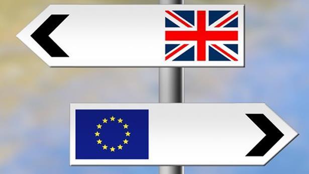 Brexit: florilège de déclarations, entre dépit, panique et ferveur