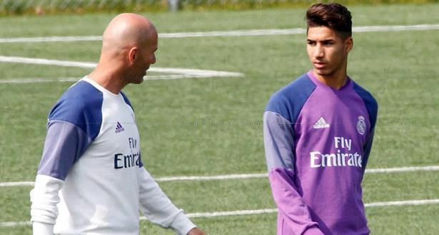 زيدان يقرر تصعيد حكيمي لكبار ريال مدريد
