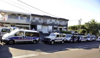 La Réunion (France): deux policiers blessés par un  présumé radicaliste (autorités)
