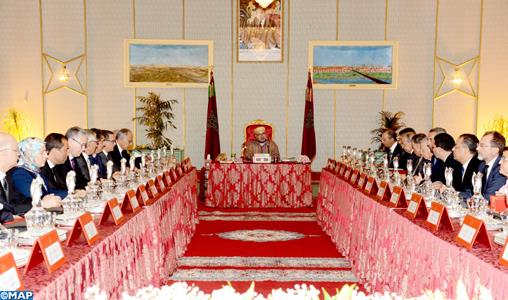 Le Roi préside à Lâayoune un Conseil des ministres