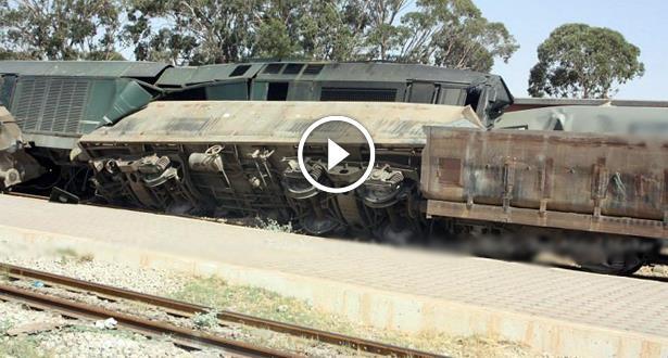 فيديو وصور .. تصادم قطارين كانا يسيران على نفس السكة في تونس