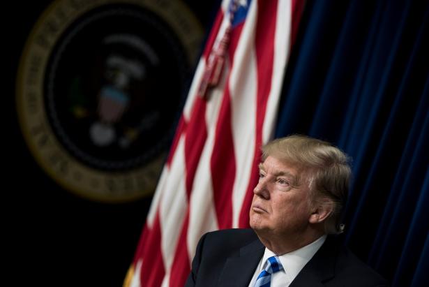 Climat : Le Président Trump décidera dans deux semaines de la position de Washington vis-à-vis de l'accord de Paris