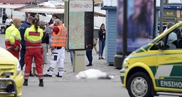 Finlande: deux morts et six blessés après avoir été poignardés (police)