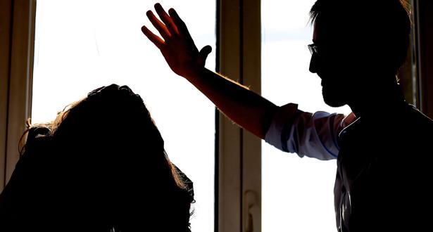 الـ HCP : العنف ضد النساء يمارس بامتياز في الإطار الزوجي والعائلي لا في الفضاءات العامة