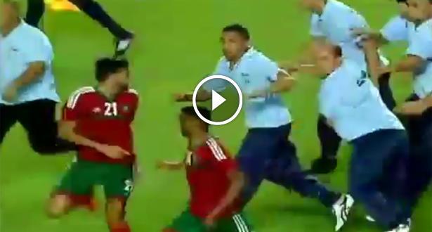 فيديو .. اعتداء عناصر من الأمن التونسي على بعض لاعبي المنتخب المغربي