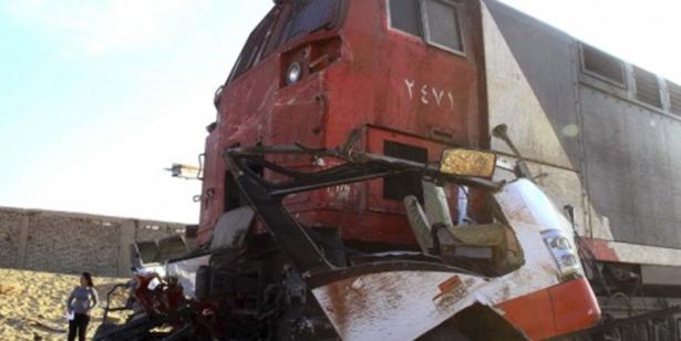 ثمانية قتلى في تصادم بين قطار وسيارة اجرة في مصر