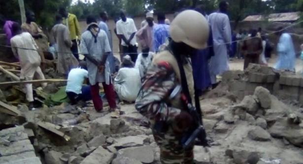 مقتل خمسة مصلين في هجوم انتحاري استهدف مسجدا بالكاميرون