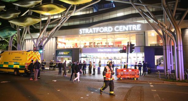 إصابة 6 أشخاص فيما يشتبه بأنه هجوم بمادة حارقة في لندن