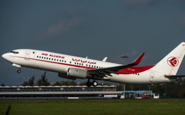Un avion d'Air Algérie perd une roue au décollage de l'aéroport de Toulouse