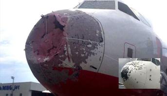 عواصف قوية وزخات البَرد تتسبب في خسائر للطائرات في اسطنبول وتعرقل الملاحة الجوية