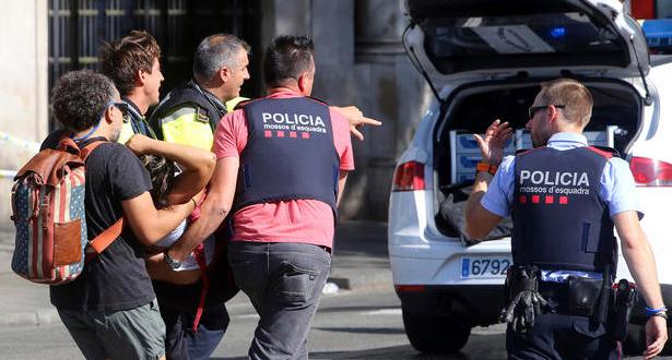 Attentats de Barcelone: de nouvelles images de la fourgonnette bélier dévoilées