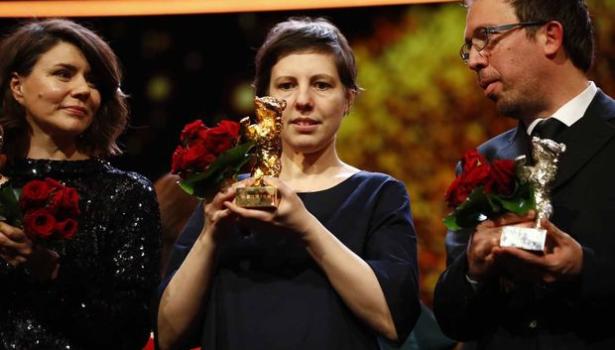 """تتويج الفيلم الروماني """"لاتلمسني"""" بجائزة الدب الذهبي لمهرجان برلين السينمائي"""