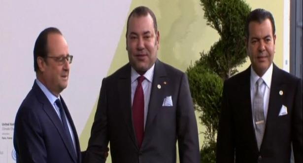 SM le Roi prend part à Paris à la séance d'ouverture de la COP21