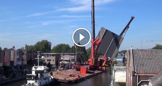 Vidéo: Deux grues de chantier s'effondrent et font au moins 20 blessés aux Pays-Bas