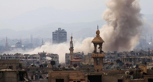 اشتباكات عنيفة بين الجيش السوري ومقاتلي المعارضة في شمال شرق دمشق