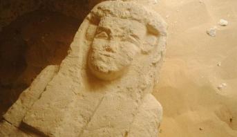 اكتشاف ثلاث مقابر أثرية تعود إلى العصر البطلمي بمحافظة المنيا بمصر