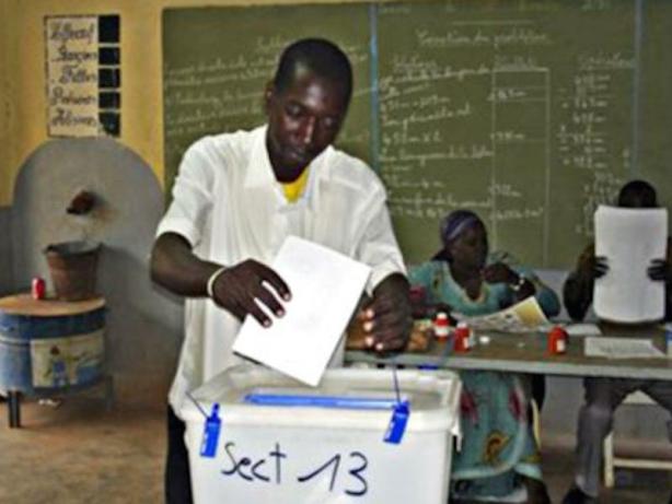 Elections au Burkina : les opérations de vote se déroulent globalement bien (Président CENI)