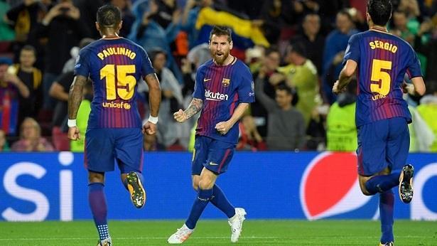 برشلونة يهزم أولمبياكوس ويقترب من ثمن نهائي دوري الأبطال