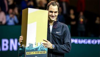 التصنيف العالمي للاعبين المحترفين في كرة المضرب .. فيديرر يستعيد الصدارة رسميا